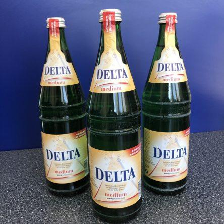 Delta Medium 12×0,75 Glas  MEHRWEG